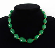 Large polished emerald necklace - total length: 45 cm - 370 ct
