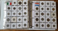 World - batch of coins from countries from I to L in 2 folders (526 coins)