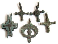 5 Early Medieval cross pendants - 23 - 30 mm