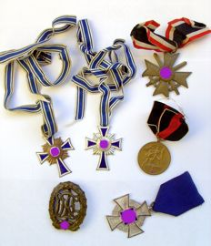 Third Reich / WW II: 6 Different Badges/Awards