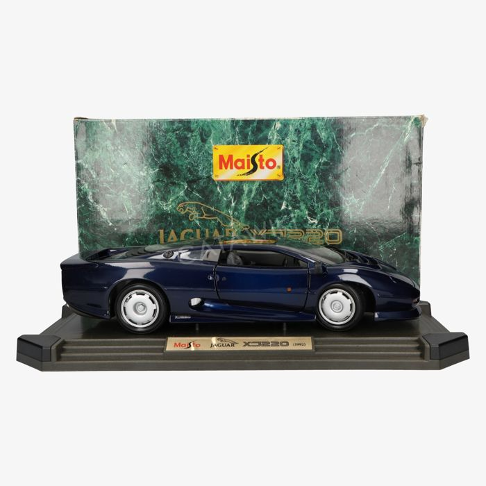 Maisto - Scale 1/12 - Jaguar XJ220 - Blue