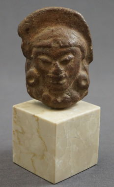 Beautiful earthenware sculpture of a face, mounted on natural stone base - 11.2 cm