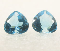 Two sky blue topazes– 6,09 ct  total - No Reserve Price