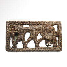 Ordos Bronze Plaque with Grazing Stag, 6.5 cm L