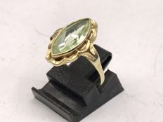 Handmade 14 Karat gold Women's ring with faceted cut Peridot - Ring size is 17
