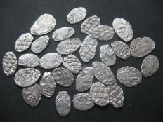 Russia - 29 Various Silver Kopeks (wire money)