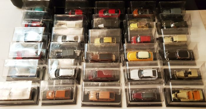 Altaya - Scale 1/43 - Lot of 30 miniatures: 30 x Citroen