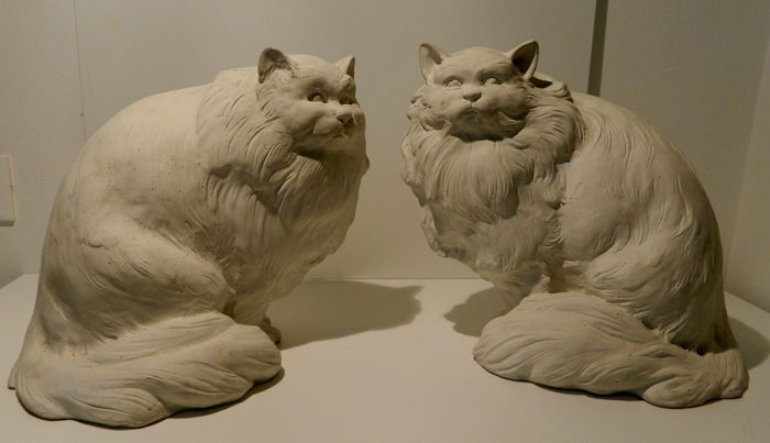 Pair of Sitting Cats by a Master Craftsman of Tuscany