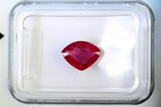 Red Ruby - 0.99 ct