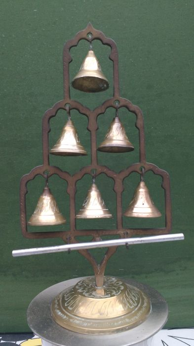 Standing copper chimes with iron rod