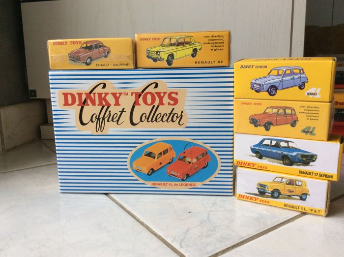 Atlas Dinky Toys - Scale 1/43 - Lot of 8 cars brand Renault
