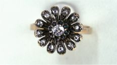 18 kt gold and silver ring - 0.12 ct - 0.18 ct - 3.90 g - No. 16 - Free size adjustment