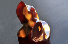 Red Agate flame - 15.1 X 12.9 X 7 cm - 1264 gm