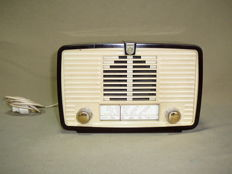 Small bakelite radio Philips BX 115 U 19