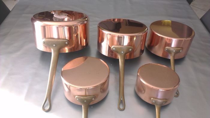 Old lot of five copper pans metaux ouvres de vesoul art de for Art and cuisine cookware review