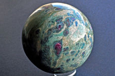 Fuchsite and Ruby sphere - 9.6 cm - 1346 gm