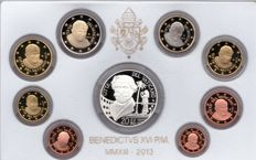 Vatican - 2013 - Set of 8 coins from 1 cent to €2 + silver coin of 26 g. Mintage: 11,000