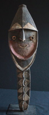 Mindja sculpture of the NUKUMA with old mineral and earthy-toned paint from the Washkuk Region of Upper Sepik