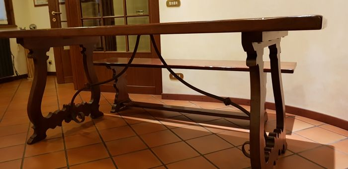 Spanish walnut table with link in wrought iron as in the for Table th link