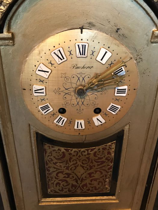 An old table clock - Marti and Cie medaille dargent anno