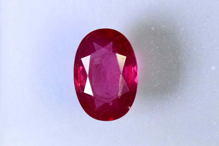 Purplish Red Ruby - 0.49 ct