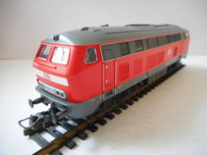 Roco H0 - from set 51231 - Diesel locomotive BR 218 of the DB