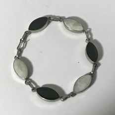 Sterling Silver Black Onyx & Mother Of Pearl Bracelet
