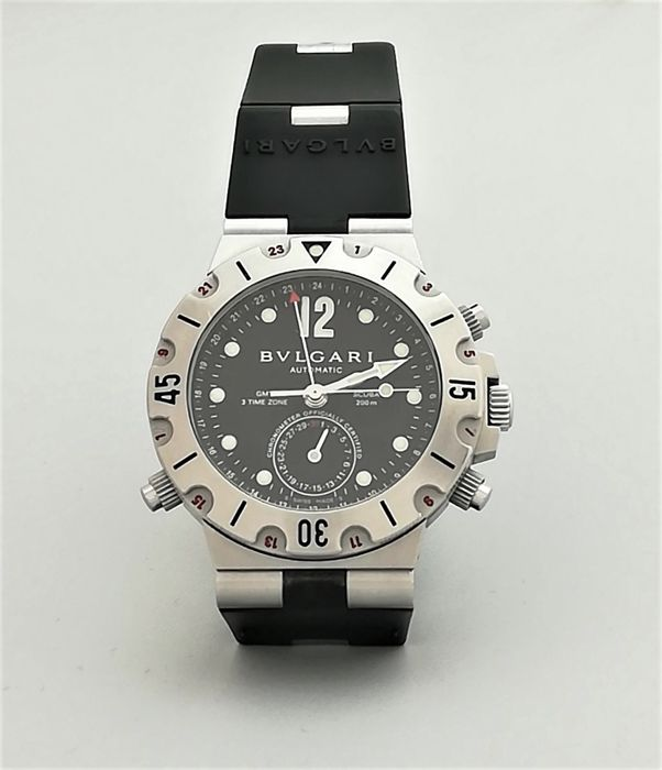 79c5a2d0b7e Reloj Bulgari Diagono Scuba 3 Time Zone GMT. Referencia  SD 38 S ...