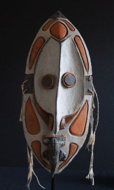 SAVI Demon Mask from TAMBANUM, Middle Sepik