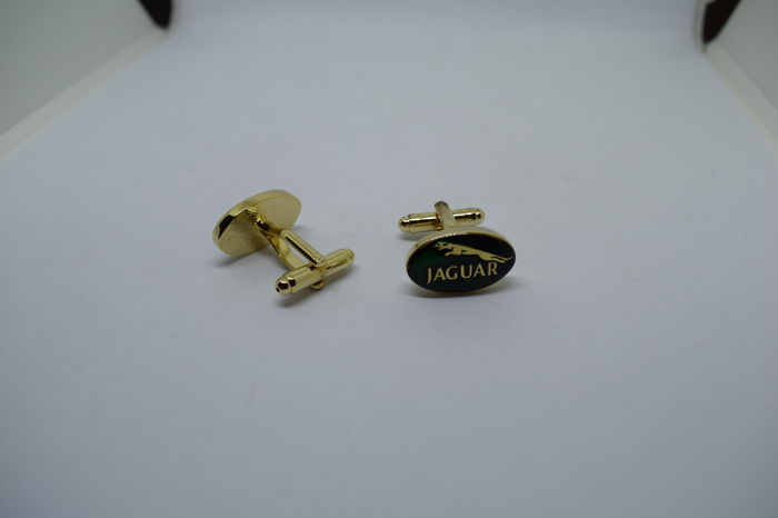 Jaguar pair of cufflinks - Fine Men's Jewelry - London - British racing green, gold plated