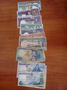 World - 100 Banknotes - Portugal (70), Angola (29) and Mozambique (1)