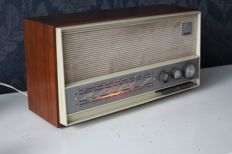 Erres / van der Heem RA 653 Broadcast Receiver - or past WW2 Tuner
