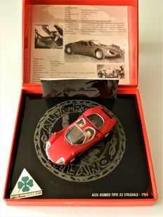 Minichamps - Scale 1/43 - 1968 Alfa Romeo Tipo 33 Stradale Limited Edition - No.3693 / 9999