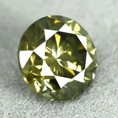 Diamond - 0.90 ct, Natural Fancy Intense Yellowish Green