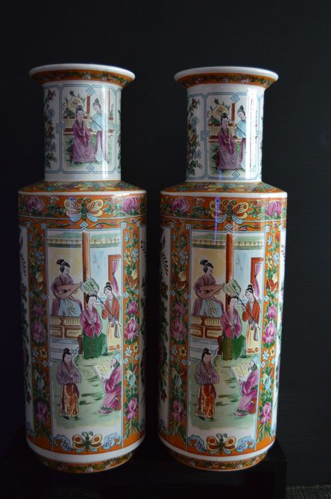 Pair of vases - Chinese style - late 20th century