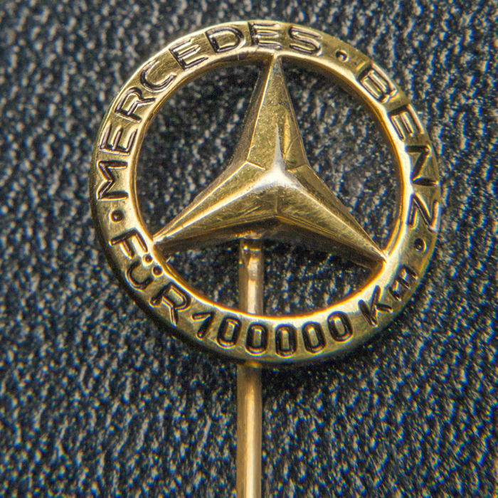 Old Mercedes-Benz 100.000 Km Pin / Brooch 835 Silver / 18k Gold Plated- * No Reserve Price *