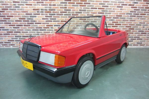 Mercedes-Benz 190 Convertible 2-seat pedal car manufacturing year ca. 1984 COLLECTOR'S ITEM