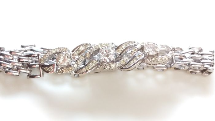 Gorgeous 3.29ct Diamond Bracelet with 14kt White Gold **No Reserve Price**