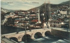 Former Yugoslavia 107 x - various places including Sarajevo, Mostar and Folklore - some fun stamps - 1900/1940