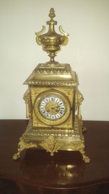 Large table clock in gilt bronze  circa 1870-80