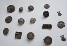 Medieval Pewter insignes and pendants 10mm up to 20mm - (16)