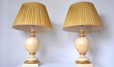 Unknown manufacturer – Two monumental, chic wooden table lamps with original shades (77.5 cm)
