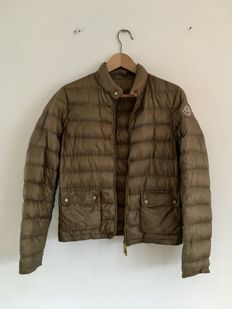 Moncler - Down Jacket with original carry-on bag!