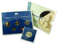 Norway - Coin set 2006 'Henrik Ibsen' + 5 Kroner 1997 '350 Years of Postal Service' in sandhill case (2 sets)