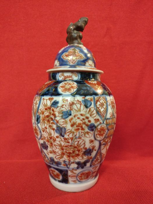 Ceramic Vase With Lid Hand Painted Japan Late 18th Century