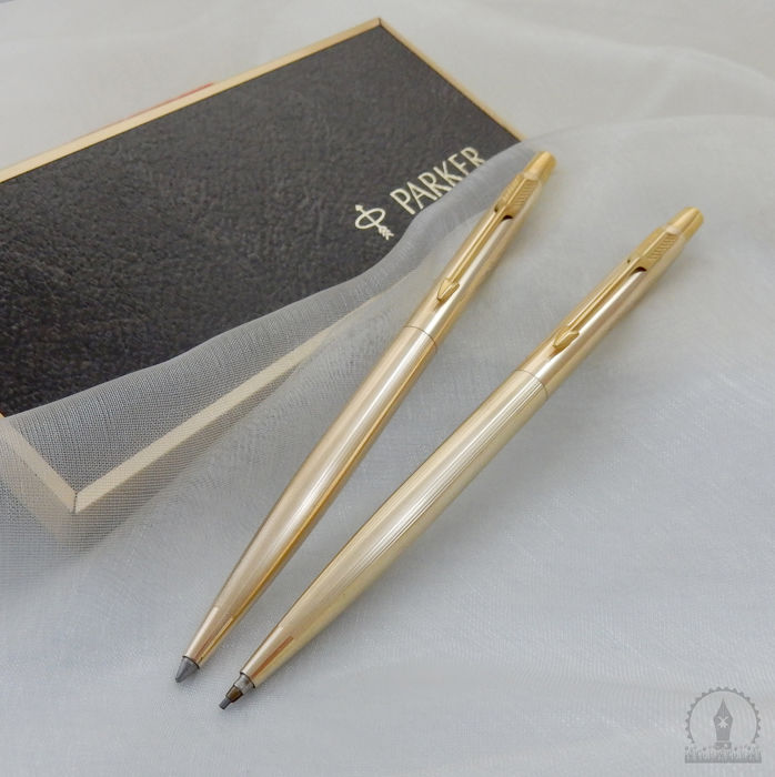PARKER CLASSIC 12K GOLD FILLED BALLPOINT PEN MADE IN USA