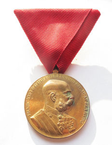 Austrian medals: Frans Joseph Commemorative Medal on Red Ribbon for civil servants.