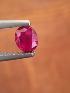 Ruby - red - 0.5 ct
