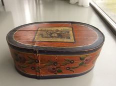 Oval chips box with domestic scene - The Netherlands - 19th century