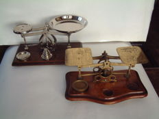 2 postal scales in brass with weights - 1890 - 1930